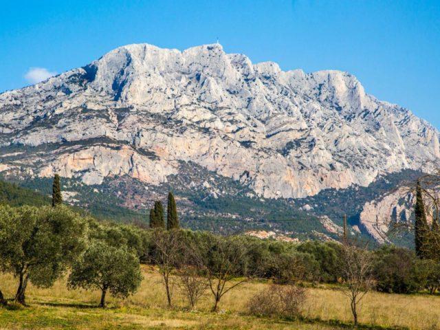 Balade sur la Montagne Sainte Victoire en famille