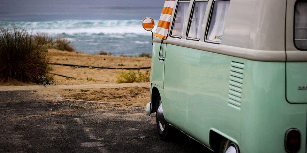 Pourquoi choisir un camping avec accès direct à la plage ?